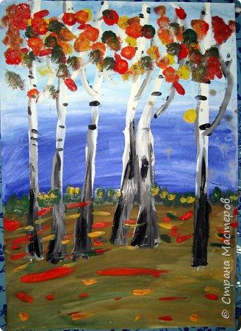 """Благодаря работе Марины """"Мы рисуем осень"""" (http://stranamasterov.ru/node/1049345), у нас тоже появилась своя осенняя рощица. Первая работа моя, потом немного детских (возраст 5-6 лет). фото 6"""