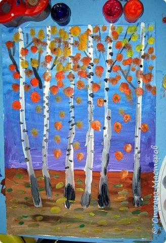 """Благодаря работе Марины """"Мы рисуем осень"""" (http://stranamasterov.ru/node/1049345), у нас тоже появилась своя осенняя рощица. Первая работа моя, потом немного детских (возраст 5-6 лет). фото 7"""