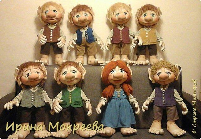 Здравствуйте жители страны мастеров.Хочу показать вам свою большую во всех смыслах работу ( по количеству и размеру ,рост кукол 65 см ) фото 1