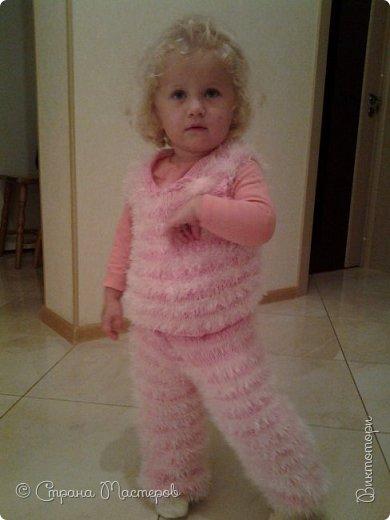 Доброго времени суток, вот такой костюмчик Пушистик у меня получился, для моей младшенькой денечки. Он ей так нравится, говорит мягный :-) фото 1