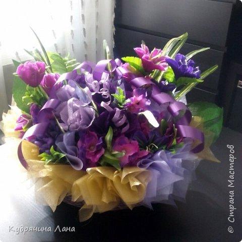 корзина с цветами из конфет фото 5
