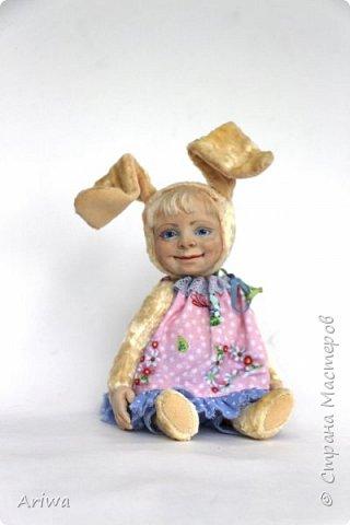 Вот так, постепенно, я  стала делать то, к чему всегда стремилась моя душа). Я постигаю науку создания кукол и тедди игрушек в разных техниках, у разных мастеров. Сегодня я хочу познакомить вас с моими детками. Девочка зайка и мальчик мишутка.  фото 2
