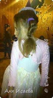 Только вчера обсуждали с доченькой костюм на Хэллоуин. У нас ежегодно на театральном кружке празднуют этот праздник, где собираются вся возрастная категория коллектива))) И вспомнила, что в прошлом году моя девочка была Ведьмочкой. Хочу поделиться идеей костюма, может кому-нибудь пригодиться))) фото 15