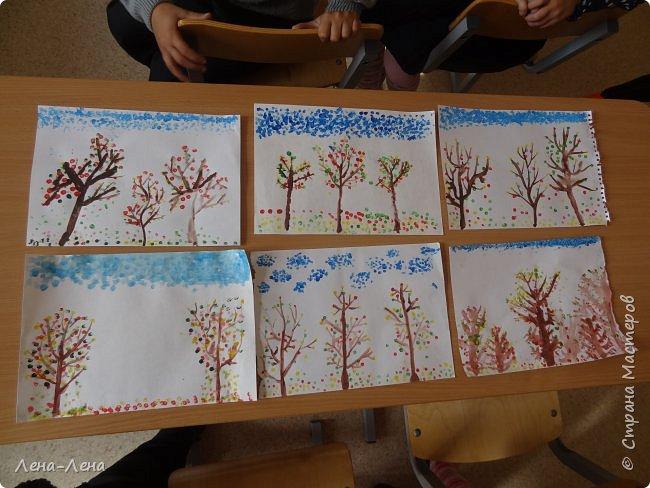 Вот такую осень нарисовали мои второклашки ватными палочками. фото 3