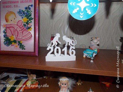Всем доброго времени суток! Наконец, у меня дошли руки поделиться тем, как я украшала свой дом к Новому 2016 году!   фото 5