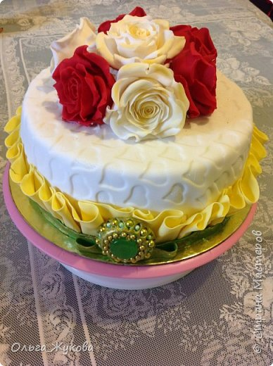 Доброго времени суток всем! Ещё один торт с розами))) фото 1