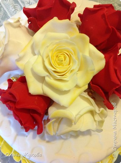 Доброго времени суток всем! Ещё один торт с розами))) фото 3