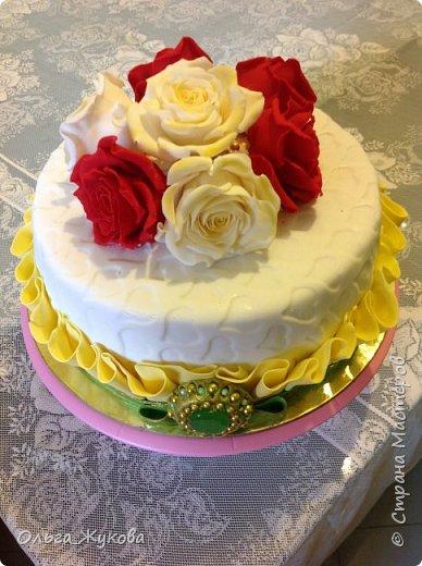 Доброго времени суток всем! Ещё один торт с розами))) фото 4