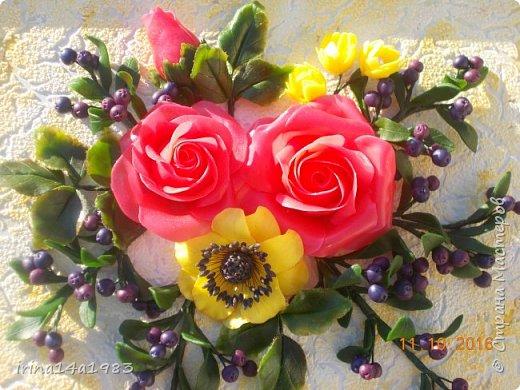 Всем добрый день! Слепились у меня вот такие цветочки и ягодки. фото 1