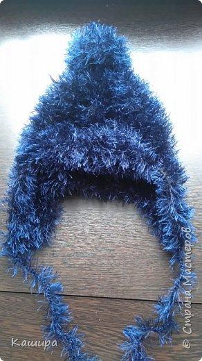 Добрый день! Вот такая шапочка связалась для сыночка из давно одиноко лежавшего мотка пряжи травка. фото 1