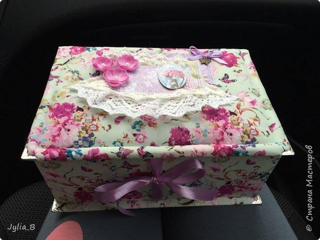 Изначально задумывалась как коробка для подарка, но в результате получилась шкатулка)) фото 1