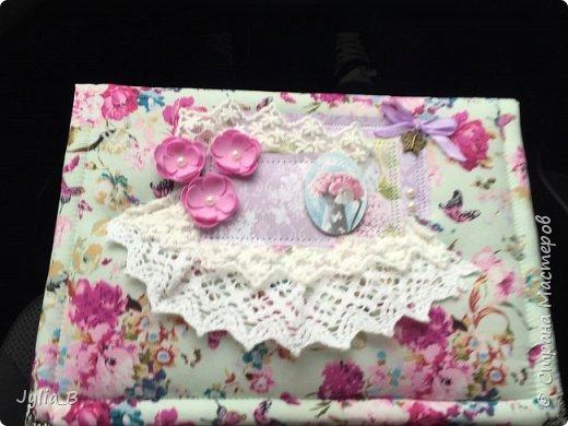 Изначально задумывалась как коробка для подарка, но в результате получилась шкатулка)) фото 2