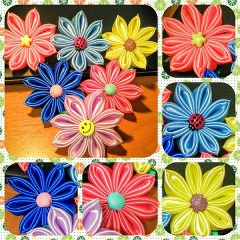 Сегодня попыталась сделать цветочки из ленты 2,5 см. Результатом довольна. Мастер-класс нашла на просторах Интернета. фото 2