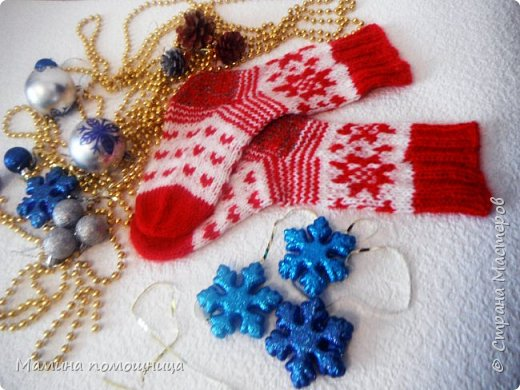 """Всем привет! У """"Дропс-дизайн"""" вдохновилась на новогодние носочки. Связала себе фото 1"""