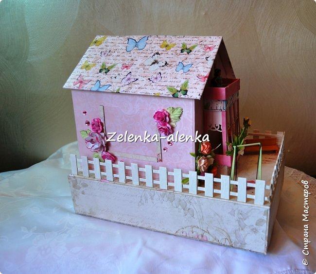 Идея принадлежит не мне. в просторах интернета я нашла такой домик, сделанный Екатериной Байдой. к сожалению МК не было и я по своим размерам смастерила свою шкатулочку фото 3