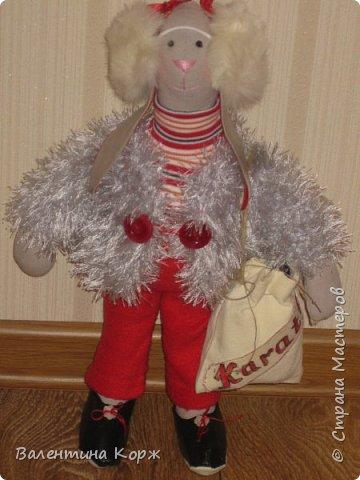 Зайка в национальной одежде,Пошита из флиса. фото 3