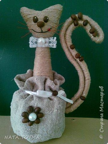 Наш котейка! Работа на кружке.Моя ученица Катюша постаралась. Наш котик - победитель районного конкурса.