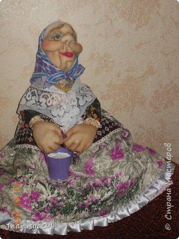 Вот очередная бабуля уродилась - на 80-летие хорошей соседки. В руках ведро с молоком. фото 3