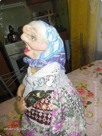 Вот очередная бабуля уродилась - на 80-летие хорошей соседки. В руках ведро с молоком. фото 9