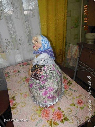 Вот очередная бабуля уродилась - на 80-летие хорошей соседки. В руках ведро с молоком. фото 11