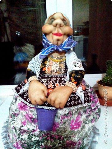 Вот очередная бабуля уродилась - на 80-летие хорошей соседки. В руках ведро с молоком. фото 12