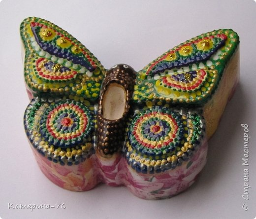 Здравствуйте, дорогие Мастера! И снова я к Вам с воспоминаниями о лете! Хочу представить Вам мои аромабабочки. Увидела в магазине силиконовые формы в виде бабочек и решила сделать аромакамни в виде бабочек. фото 2