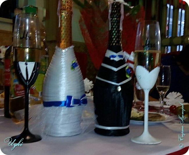 """Пригласили меня на свадьбу. Стал вопрос с дополнительным подарком, так как основной был бокалы и бутылочки """"игристого"""". Получилось так, что на само торжество с пустыми руками идти не хотелось. Вот и слепила корабль (именно слепила))),) К тому же мы еще и опоздали, зашли как раз когда заканчивали поздравлять молодоженов)) и мы такие красиво заходим  с кораблем))). Невеста была в огромнейшем восторге, так как корабль был под цвет платья. фото 9"""
