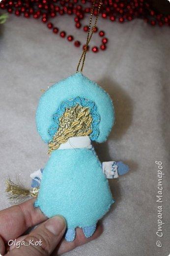Здравствуйте, мастера и мастерицы! Попробовала я сшить на елку игрушки из фетра. Вот что получилось... фото 7