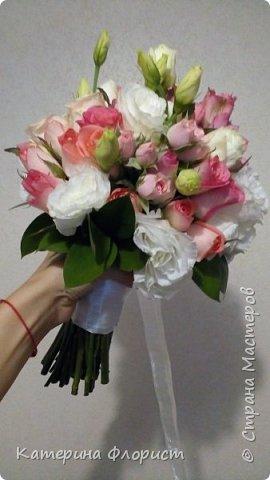 Эустомы и розы фото 7