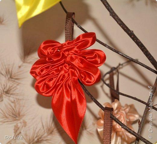 В этом году на День учителя делала вот такие кленовые листья.  фото 9