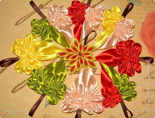 В этом году на День учителя делала вот такие кленовые листья.  фото 8
