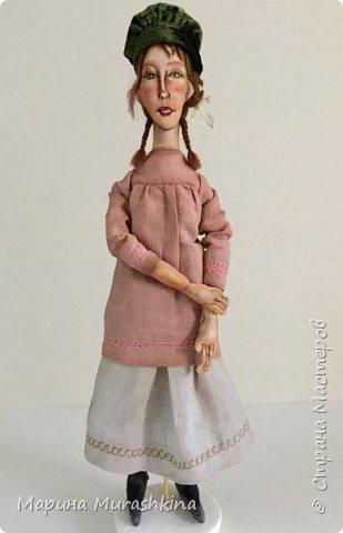 'Девушка в берете' сшита по мотивам двух картин Модильяни: 'Молодая женщина в берете' и 'Девочка с косичками'. Натурщица, судя по всему, была одна и таже. Поэтому взяла промежуточное определение - девушка))) фото 5