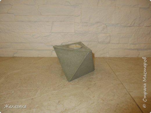 Всем привет! Эта  моя первая работа с бетоном, конечно, не всё получилось так как хотела, но думаю со временем опыт придёт. фото 2