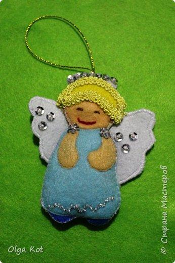 Ангелочек на елочку из фетра фото 1