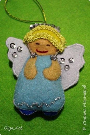 Ангелочек на елочку из фетра фото 3