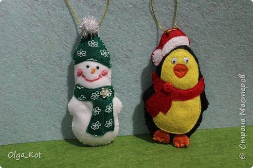 Снеговичок и пингвиненок на елку фото 2
