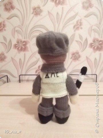 Вот такого инспектора ДПС я связала. Спасибо за помощь и за идею мастерице Елене0708.  http://stranamasterov.ru/node/410937?c=favorite  фото 3
