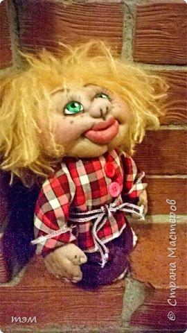 Продолжаю играть в куклы... Весьма интересное занятие. И полезное. Этот домовёнок скоро обзаведётся новым домом и хозяйкой, которая пишет очень светлые стихи. фото 2