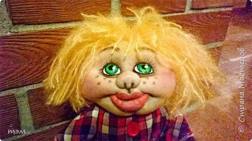 Продолжаю играть в куклы... Весьма интересное занятие. И полезное. Этот домовёнок скоро обзаведётся новым домом и хозяйкой, которая пишет очень светлые стихи. фото 1