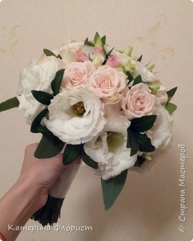 Эустомы и розы фото 11
