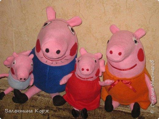 Папа Свин,мама Свинка,свинка Пеппа и братик Джоржик фото 1