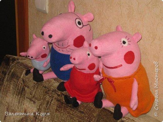 Папа Свин,мама Свинка,свинка Пеппа и братик Джоржик фото 2