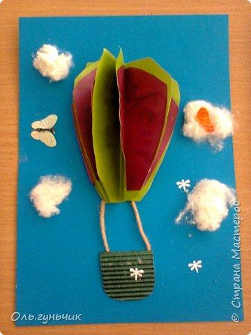 Продолжаю показывать работы учеников, теперь из бумаги. Вот такие воздушные шарики мы наделали с первоклассниками. Идею увидела у Маргариты: http://stranamasterov.ru/node/145284 На зеленом фоне моего сына Вити))) фото 4