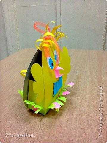 Продолжаю показывать работы учеников, теперь из бумаги. Вот такие воздушные шарики мы наделали с первоклассниками. Идею увидела у Маргариты: https://stranamasterov.ru/node/145284 На зеленом фоне моего сына Вити))) фото 42