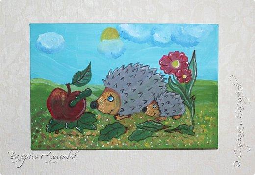 Доброго времени суток!  Настало время украшать стены детской. Хотелось чтобы это было сделанное своими руками и в то же время доброе.  Решила нарисовать персонажей. Кого рисовать выбирал сын, я только исполняла. Рисунки на холсте. Я далеко не художник. Прошу строго не оценивать. Динозаврик (очень любим сейчас эту тематику) фото 2