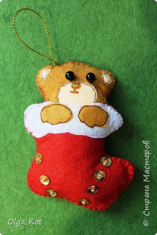 И еще одна елочная игрушка из фетра фото 1