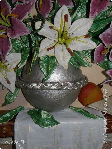 """Картина из кожи """"Натюрморт с лилиями"""" фото 4"""