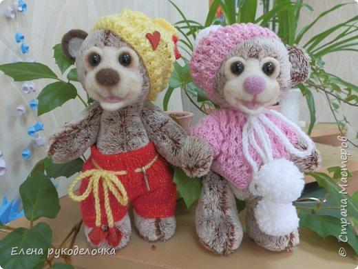 Решила показать вам свои старые работы. Мишки Тоня и Тоша - 15см. Искусственный мех, мордочки валяные. фото 2