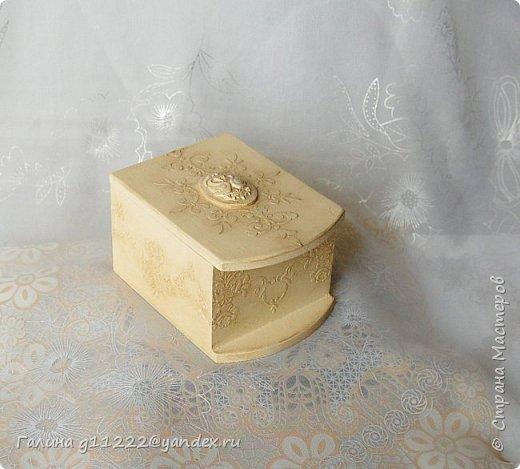 маленькая шкатулка, попытка сымитировать слоновую кость фото 1