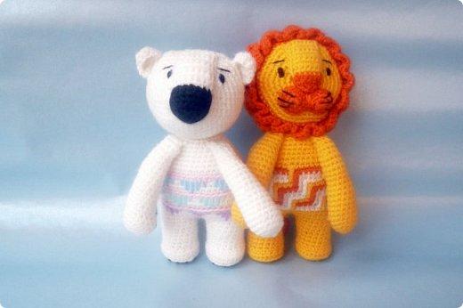 """Знакомьтесь! Белый медведь Поляриус.   Связан из акриловой пряжи """"Детская новинка"""", крючок 1,5мм, рост 14см.   фото 2"""